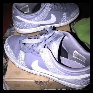 Wpmens Nike Silver Nike Dunk High 8.5
